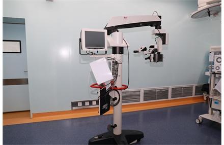 标题:手术显微镜 浏览次数:4690 发表时间:2020-01-09